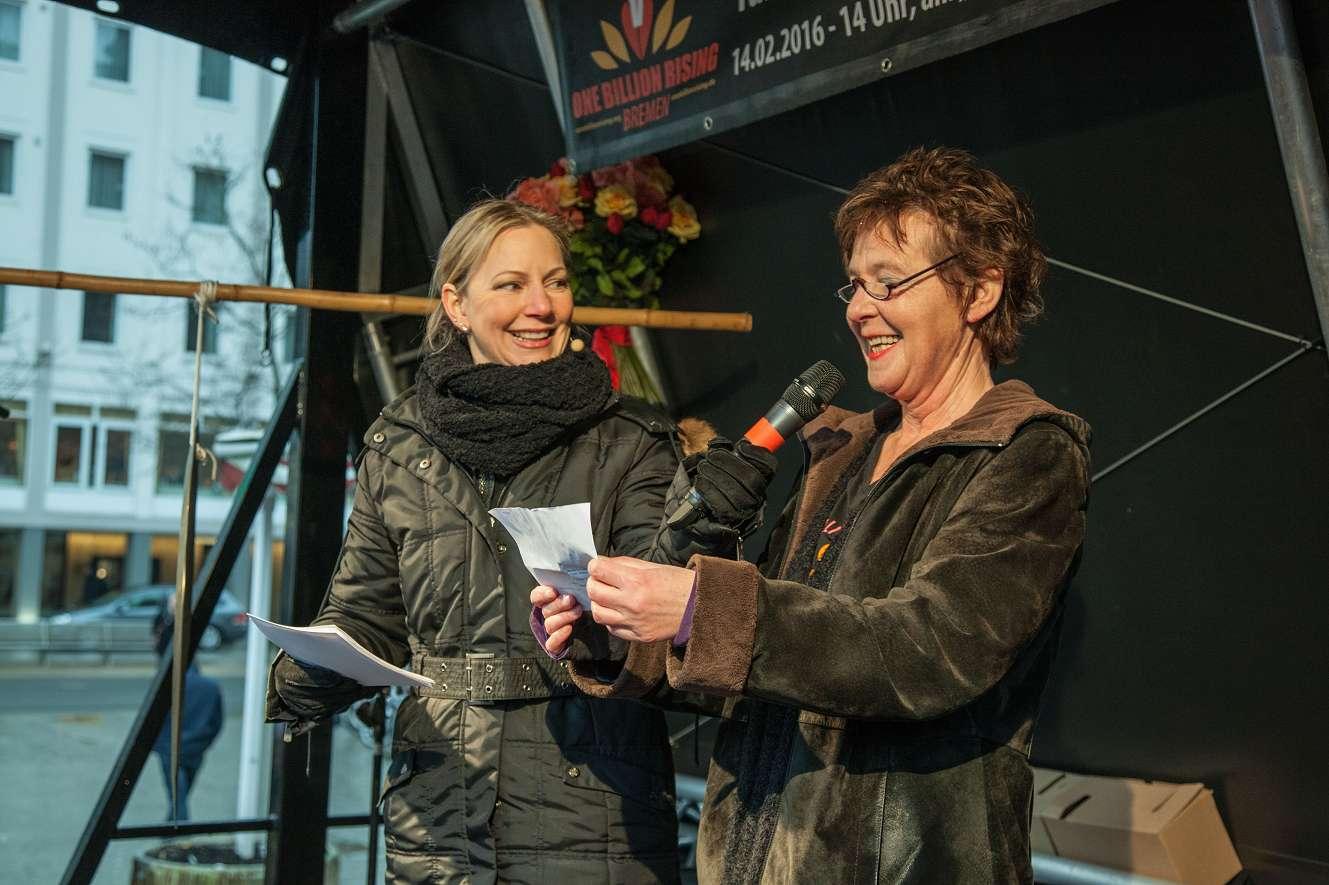 Moderatorin Anneke ter Veen & Claudia Krentz